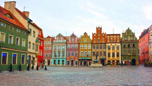 Ploshhad-Poznan-e1400674321570